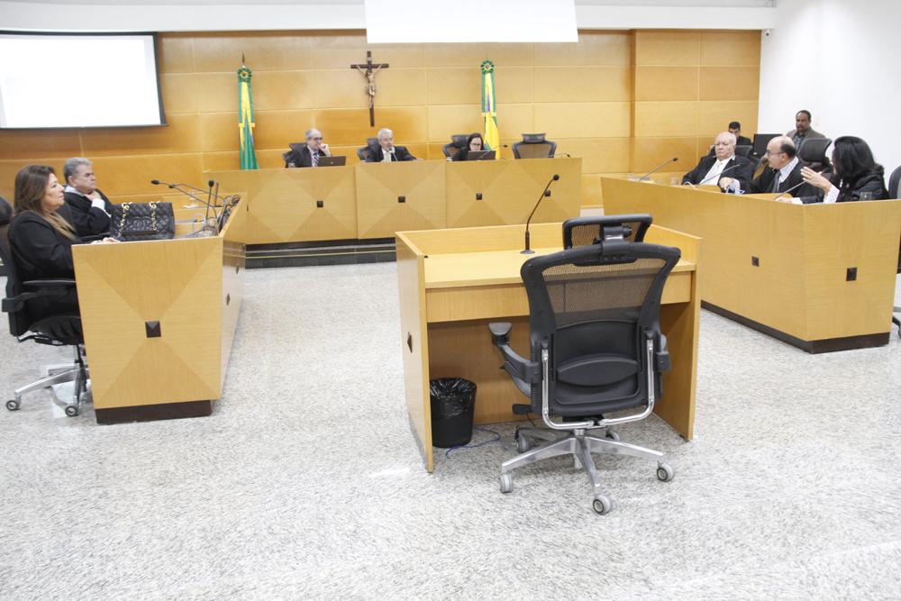 Sessão do Pleno: Colegiado do TCE/SE julga processos de contas anuais
