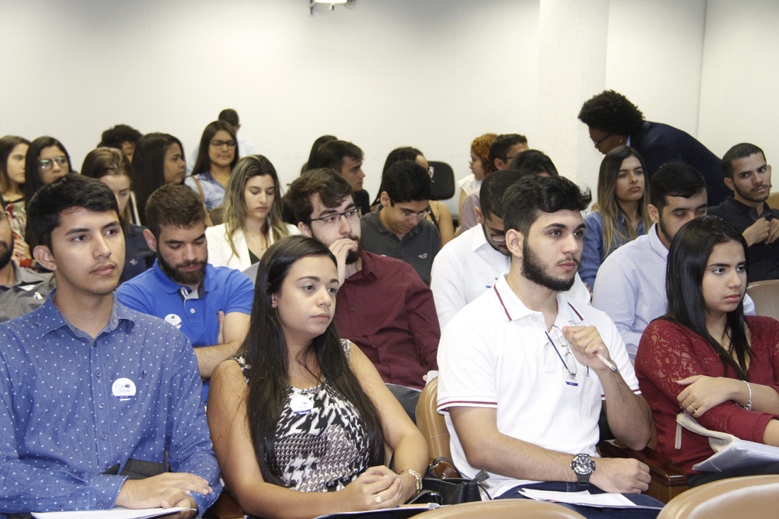 TCE Cidadão recebe nova turma de estudantes de Direito