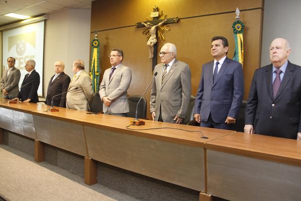 Centenário do jornalista José Eugênio de Jesus é celebrado em solenidade no TCE