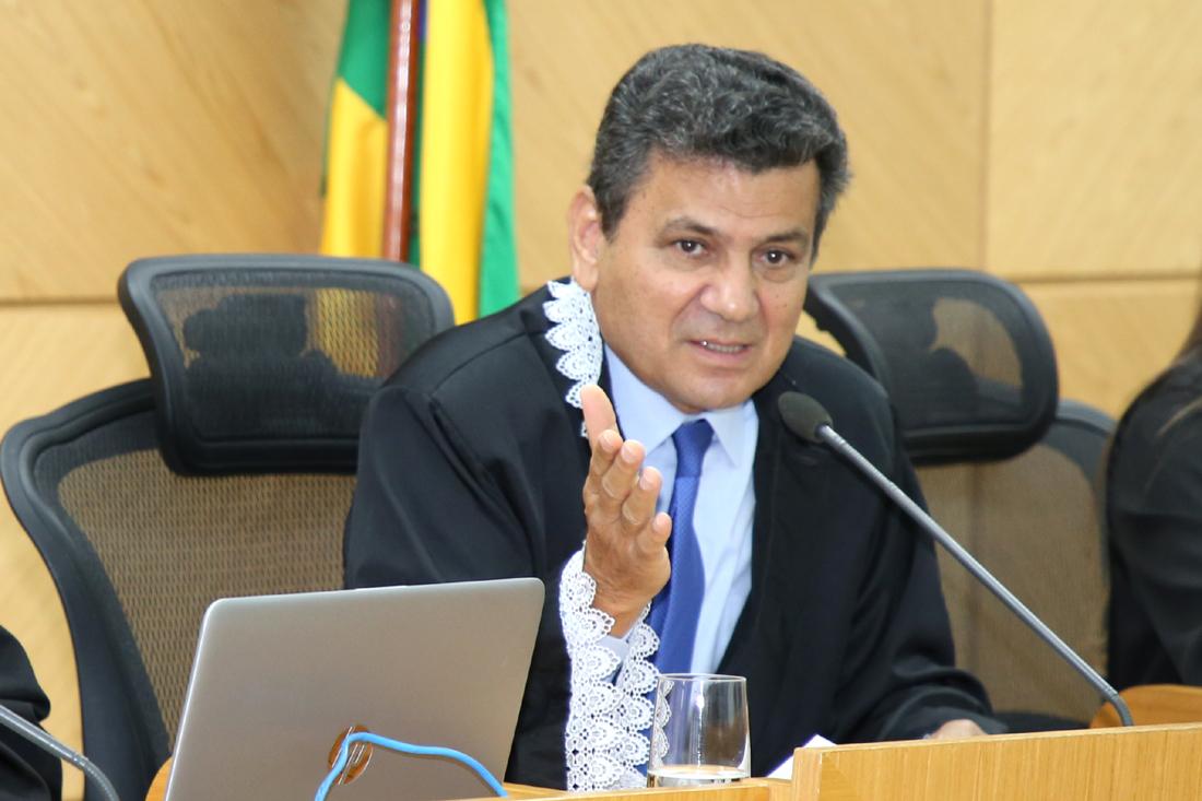 TCE alerta para proibição de festas em municípios com salários atrasados