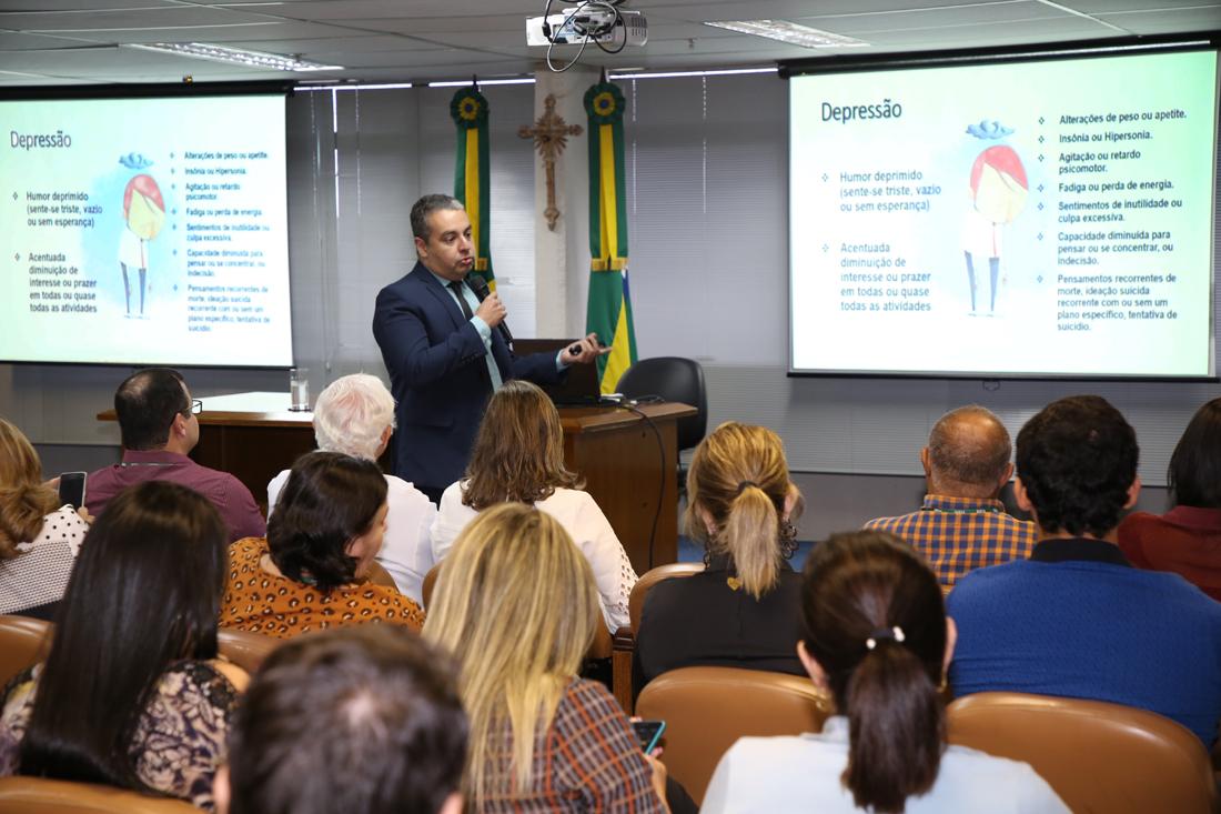 TCE promove palestra para reforçar discussão sobre o combate ao suicídio