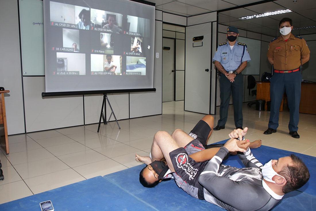Instrução remota de defesa pessoal acontece nas dependências do TCE