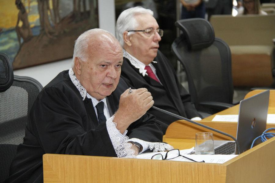 Pinna registra volta do Jornal do Brasil e lamenta falecimento de Alberto Dines